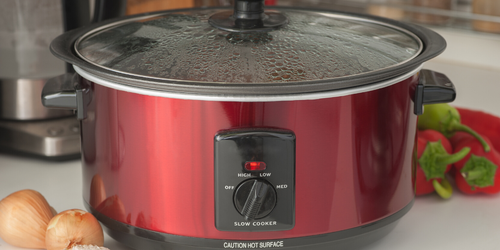 Image of a slow cooker to illustrate a beginners guide to using a slow cooker